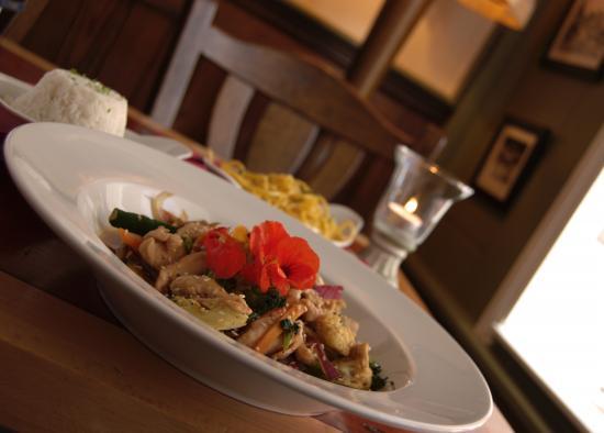 Stonechat Cafe and Restaurant: Chicken Stirfry