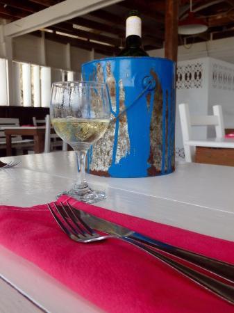 Slipway Restaurant: Fun atmosphere!