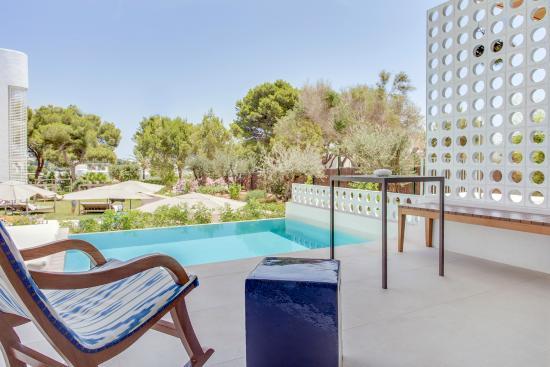 Emerald Suite Swim Up Picture Of Inturotel Cala Esmeralda Beach Hotel Spa Cala D Or Tripadvisor