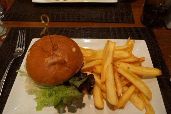 Le 1950, Brasserie Française : Burger savoyard