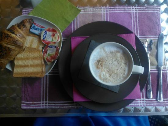 Residenza Talenti : colazione