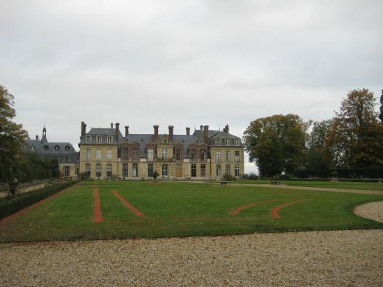 Thoiry, France : замок