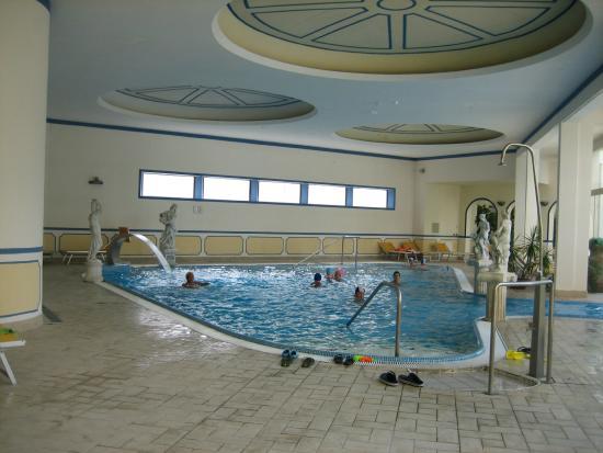 Abano Terme, Itália: Innen-Pool