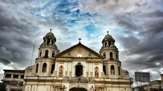 ‪Quiapo Church‬