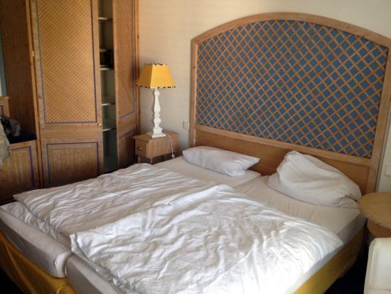 Hotel & Restaurant Sonne: Gemütliches Zimmer.