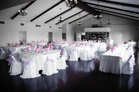 Carlton Oaks : Our banquet hall that is set up for a wedding reception.