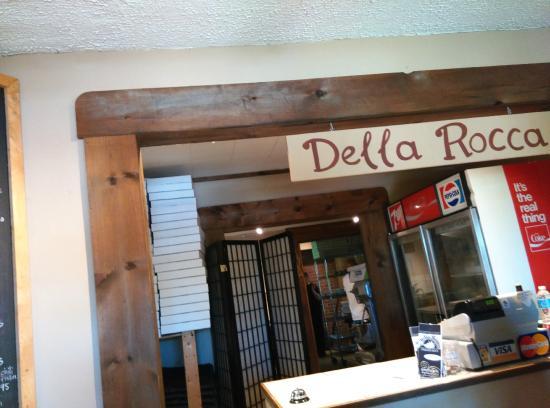 Della Rocca Pizzeria: order