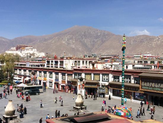 Vistas de lhasa picture of jardin secret hotel lhasa for Jardin secret