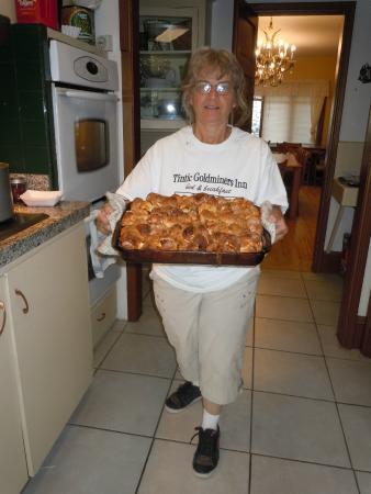 Tintic Goldminers Inn: Margaret with her wonderful breakfast