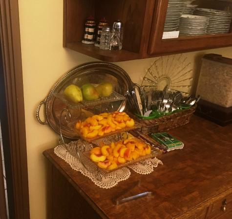 Eureka, UT: Fresh fruit as part of the wonderful breakfast