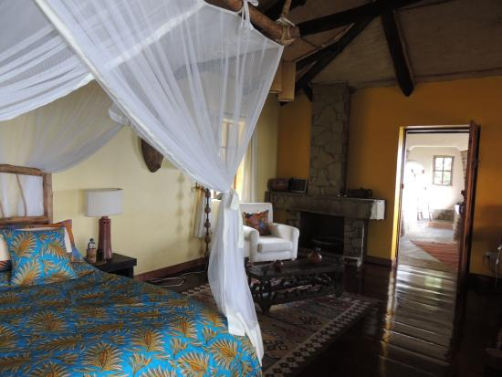 Virunga Lodge: bedroom