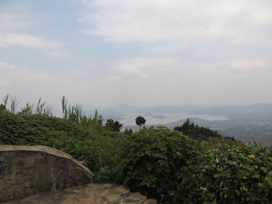 Virunga Lodge: cottage view