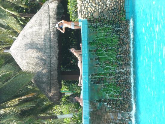 Holiday Inn Resort Sanya Bay: Бассейн