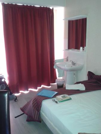 Hotel du Commerce : Stanza