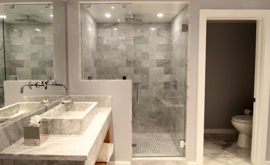 Calamigos Guest Ranch: Bathroom Layout