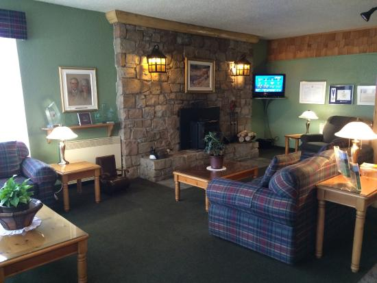 Foyer Jacinthe Grand Falls Nb : Hall d entr�e picture of quality inn grand falls