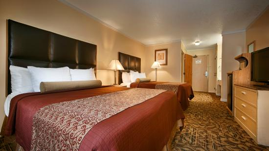 BEST WESTERN PLUS Northwoods Inn: Twoo Queen Room