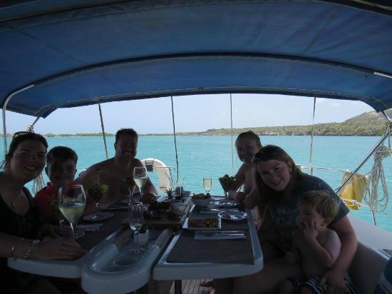 Κόλπος Simpson (Λιμνοθάλασσα), Άγιος Μαρτίνος: Enjoying an amazing lunch