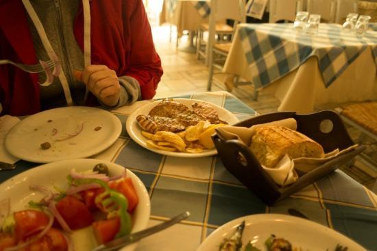 Restaurant - Tavern Ellinikon
