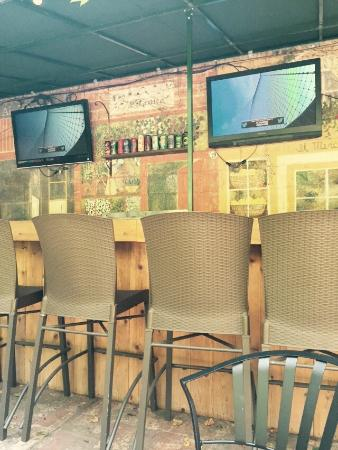 Grandview Tavern and Beer Garden