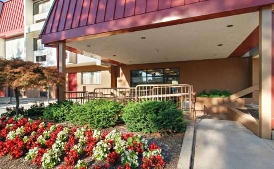 Red Roof Inn Cleveland Airport   Middleburg Heights $56 ($̶6̶4̶)   UPDATED  2017 Prices U0026 Hotel Reviews   Ohio   TripAdvisor