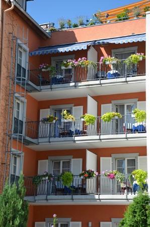 Hotel Deutscher Kaiser im Centrum: Komfortdoppelzimmer mit Balkon zur ruhigen Hofseite gelegen