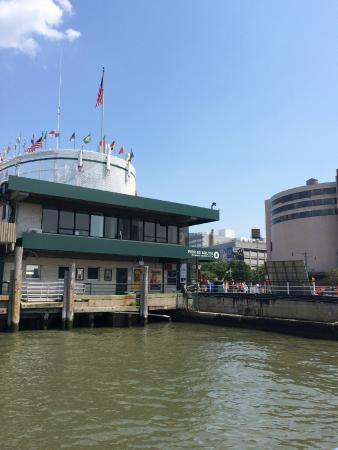 Picture of circle line cruises new york city for Pier hotel new york
