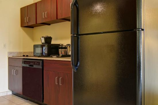 Linton, ND: Extended Stay Kitchenette