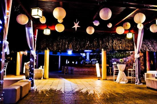 Majestic Elegance Punta Cana Our Wedding Reception At The Wet Bar