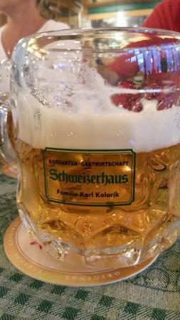Schweizerhaus: Stinco di maiale e Birra
