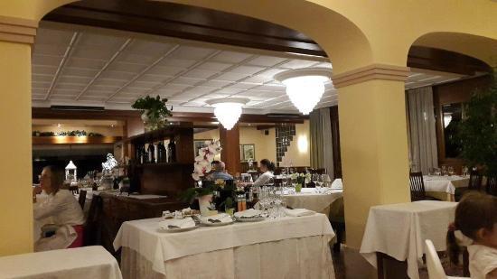 Ristorante Hotel La Rosina: Old fashioned touch !