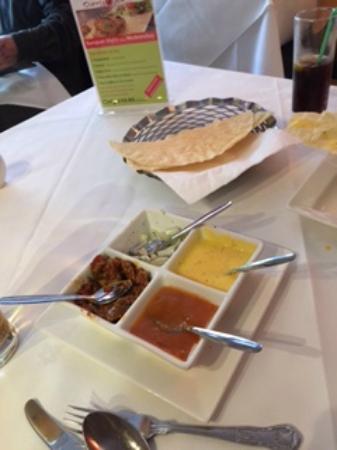 Curry Garden: Popadoms
