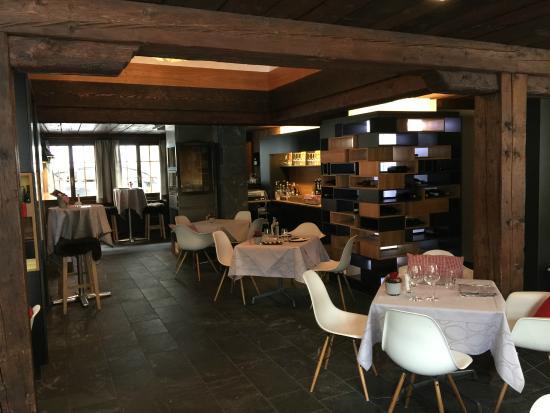 Hotel Schwarzer Bären: the restaurant