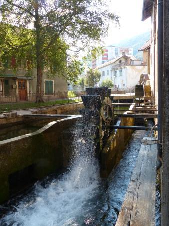 Iron and Railway Museum: Roue à eau