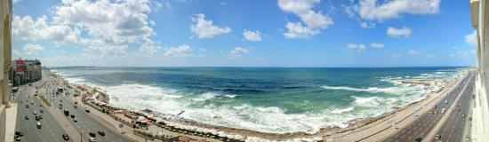 Kaoud Sporting Hotel : View over white sea from Kaoud hotel