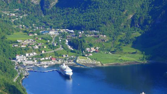 Hotel Geiranger The View Of