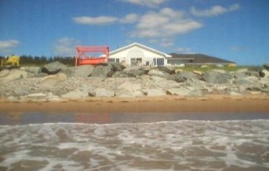 East Lawrencetown, Канада: Great place to stay right on Lawrencetown Beach, Nova Scotia's best surfing beach!