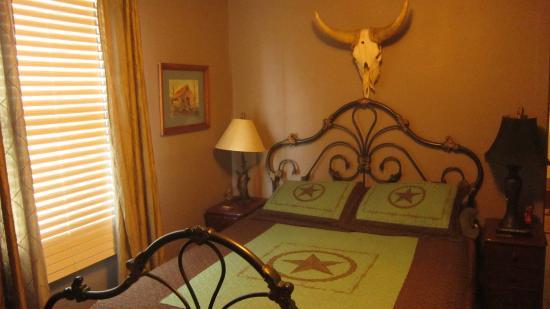 Old Historic Creole Inn: vue de la chambre cowboy