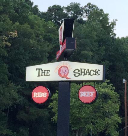 The Original Q Shack: The Q Shack sign