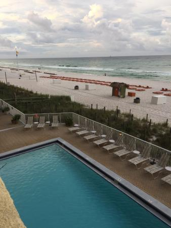 Emerald Isle Resort and Condominiums: Pool