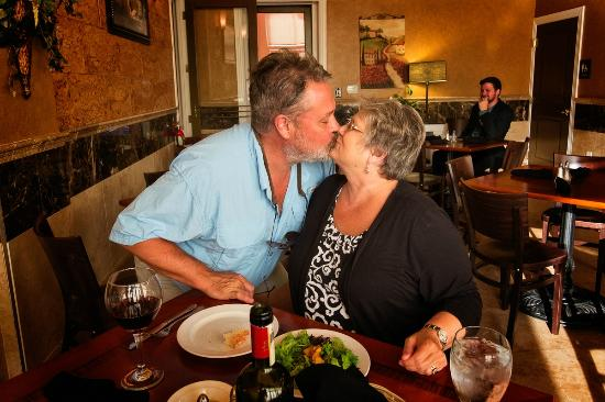 Trattoria La Vigna: Birthday kisses for my wife!