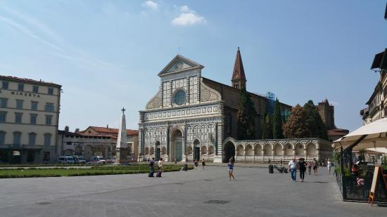 Plaza santa maria novella picture of piazza di santa for Novella homes