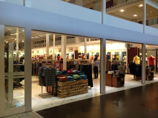 9e585a810a38 Discovery Shopping Mall  Discovery Mall Kuta