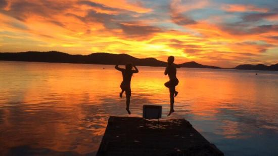 Saturna Island, Canada: Jumping off the dock at sunset