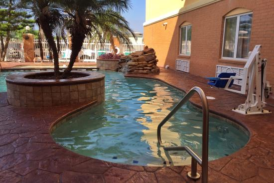 Holiday Inn Express Hotel & Suites Port Aransas / Beach Area: Pool