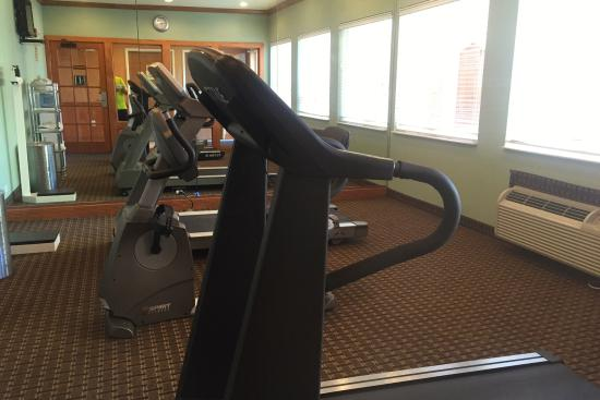 Holiday Inn Express Hotel & Suites Port Aransas / Beach Area: Workout room