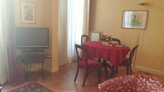 Palazzo Alfani al David: Living room in Flat 1B