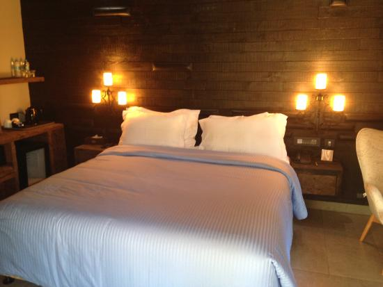 The Baga Beach Resort: cottages