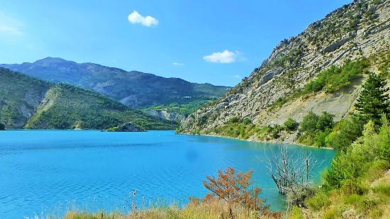 Les Hauts de L'Escoulaou : lac de Castillon