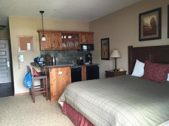 Room layout picture of silver mountain resort lodging for Silver mountain cabins